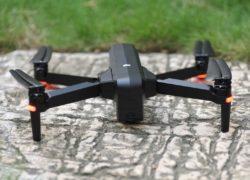 SJRC F11: крутой складной квадрокоптер с камерой и GPS